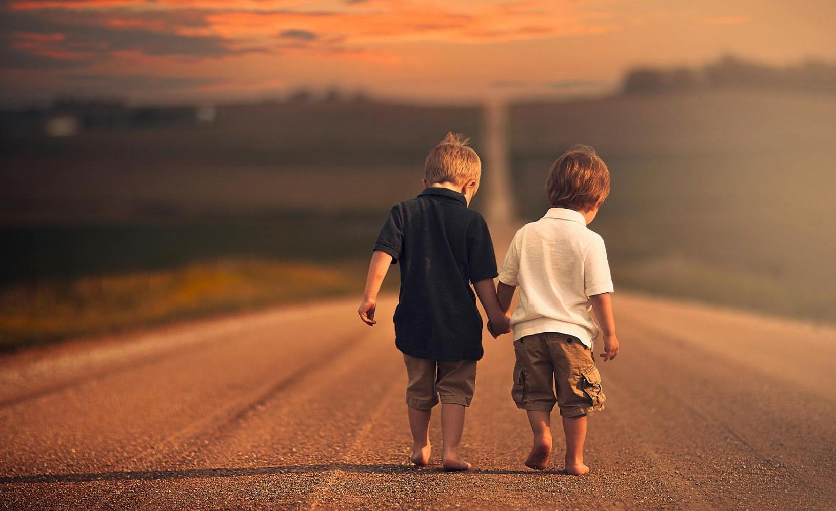 Khutbah Jum'at: Mendambakan Sahabat Dunia dan Akhirat – Hayatuna